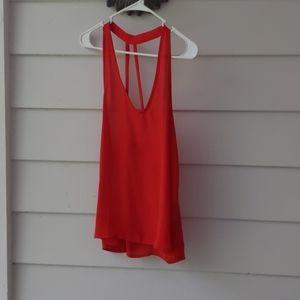 Cute red shirt !!